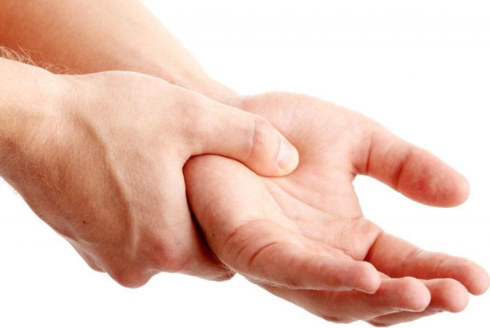 Le vostre mani: gli esercizi per tenerle in forma