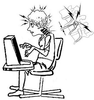 Torcicollo e cervicale, come proteggerci dal dolore quando siamo seduti al computer