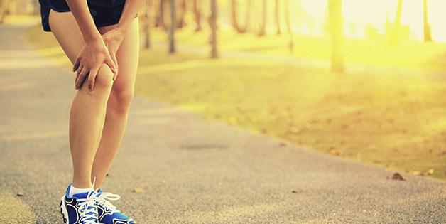 Corsa e ginocchia: artrosi, appoggio e stretching, i tre miti da sfatare