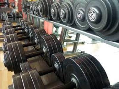 Nel sollevamento pesi bastano pesetti per 'farsi i muscoli'