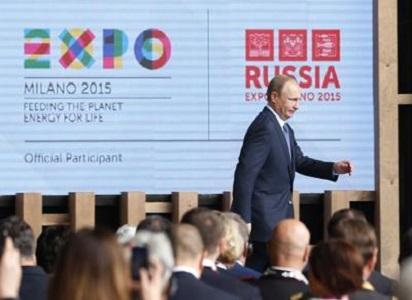 La strana camminata di Putin? Non è spia di malattia, ma la 'postura del pistolero'