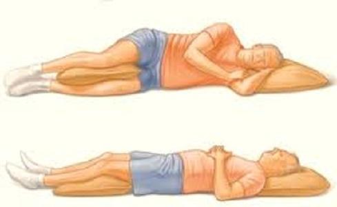 Dormire Con Il Cuscino Tra Le Gambe.Come Dormire Se Soffriamo Di Mal Di Schiena Lombare Tutte Le