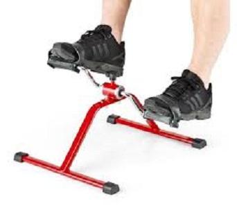 Muovere le gambe è un esercizio che fa bene al cervello
